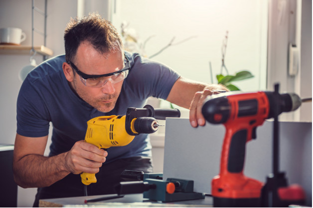 Easy tips to grab the best cordless drill on a budget!